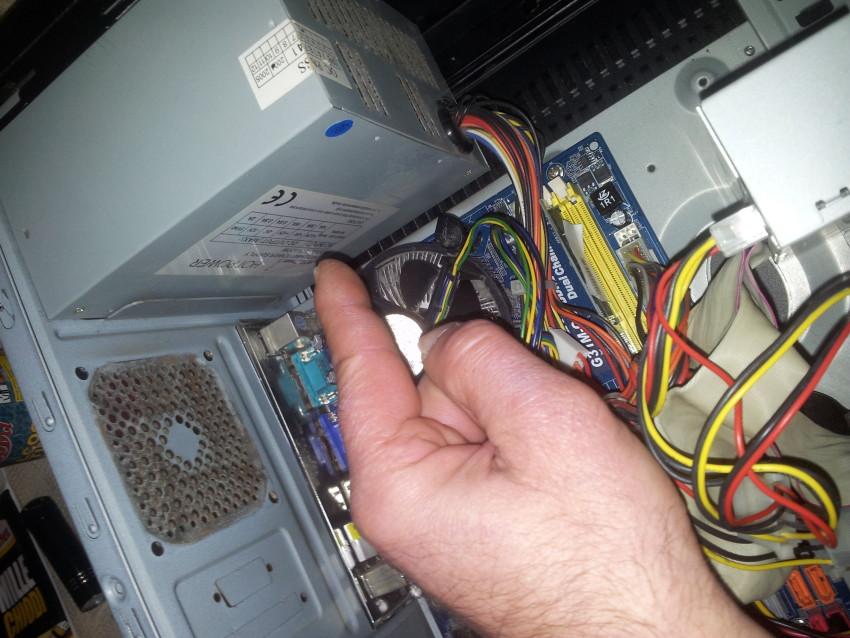 Problema il computer fisso non si accende