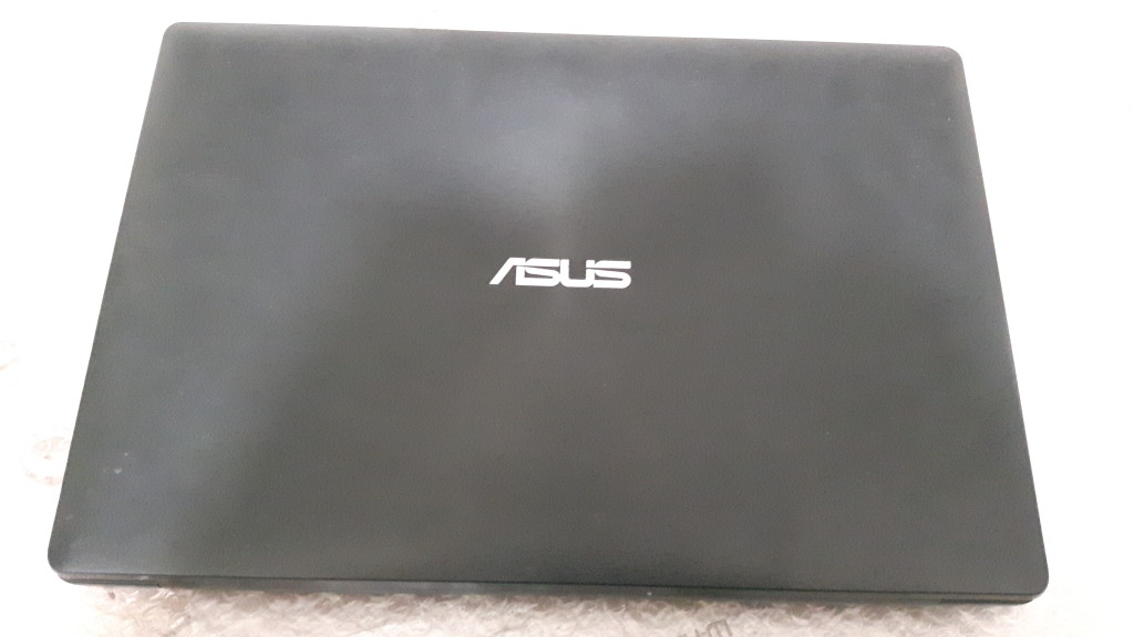 Problema computer Asus P553M